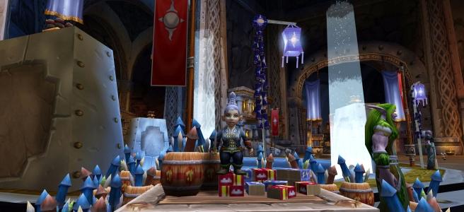 A gnome with Lunar Festival Festive Pant Suit - WoW Classic